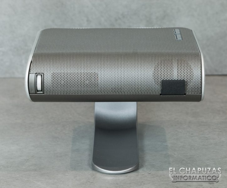 Viewsonic M1 13 724x600 15