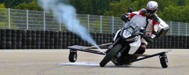 Bosch muestra su sistema de control de estabilidad con propulsores de gas para motos
