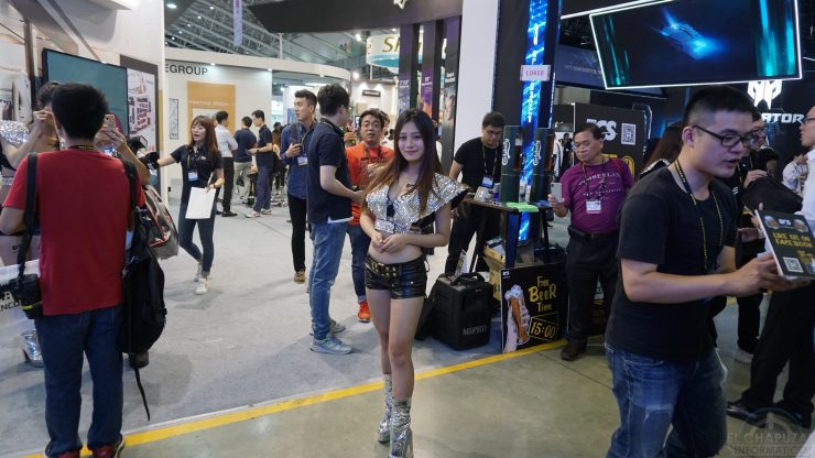 Booth Babes 2018 1 740x416 1