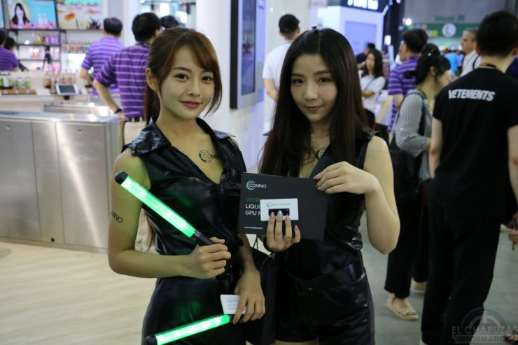 Booth Babes 2018 46 740x493 46