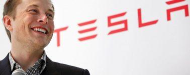 Twitter bloqueará tu cuenta si te cambias el nombre público a 'Elon Musk'