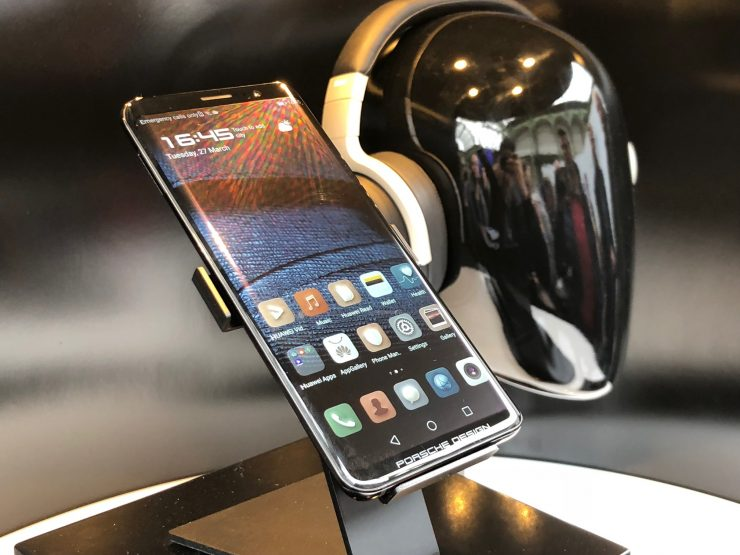 Huawei Mate RS Porsche Design 740x555 0