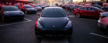Tesla comienza a vender la versión más barata del Model 3