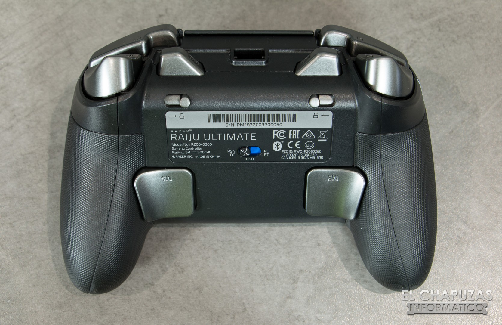 Review Razer Raiju Ultimate Razer's raiju ultimate is a big improvement over the original raiju controller, offering superb build quality, plenty of customization options and largely the first thing you'll observe about razer's raiju ultimate is how significant it feels in comparison to other ps4 offerings, like sony's standard. review razer raiju ultimate