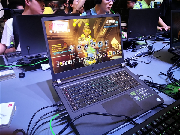 Xiaomi Mi Gaming Laptop 2 1 0