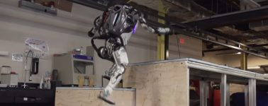 Boston Dynamics muestra a su robot Atlas haciendo parkour