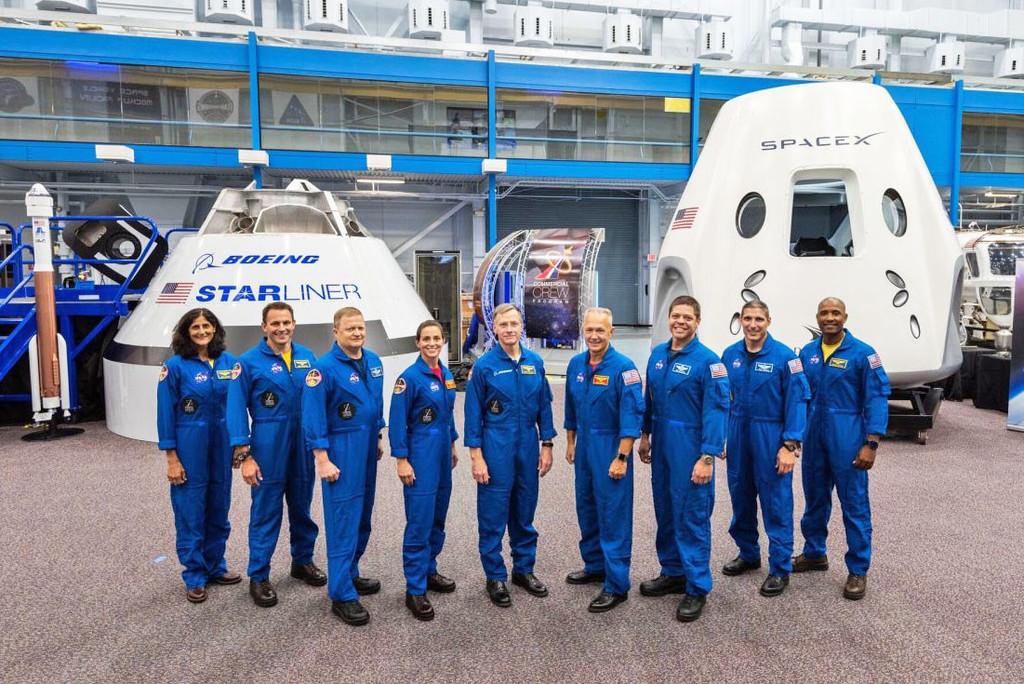 nasa astronautas dragon spacex. 1