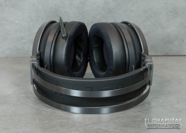 Razer Nari Ultimate 10 740x532 11