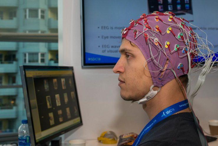 Samsung control TV cerebro 1 740x494 1