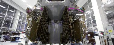SpaceX cumple con éxito su última misión: destruir su Falcon 9 y hacer aterrizar la Crew Dragon