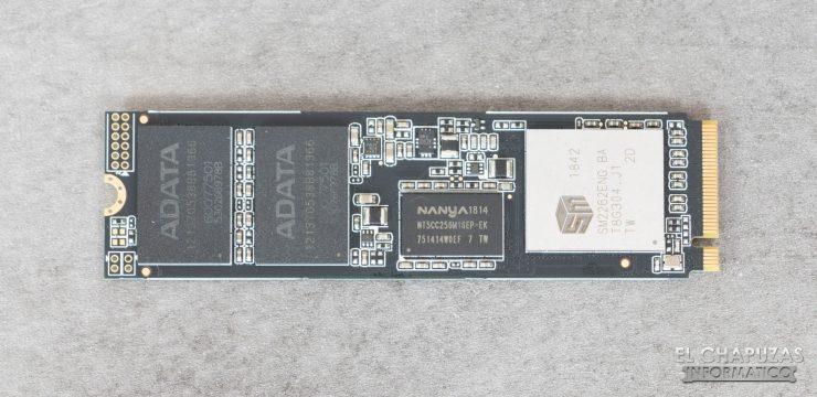 ADATA XPG SX8200 Pro Frontal
