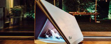 Ford fabrica una caseta para perros con un sistema de cancelación de ruido