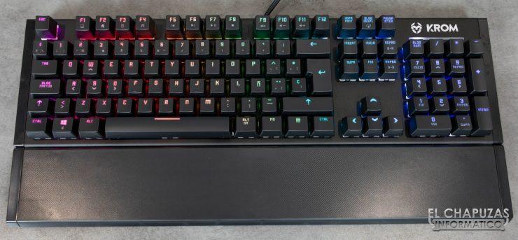 teclado krom kempo encendido