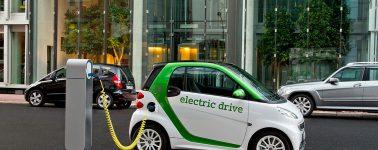 Los fabricantes de automóviles darán a China datos para geolocalizar sus vehículos eléctricos