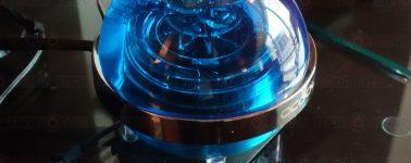 Alphacool Eisball, una bomba/depósito de agua en forma de esfera