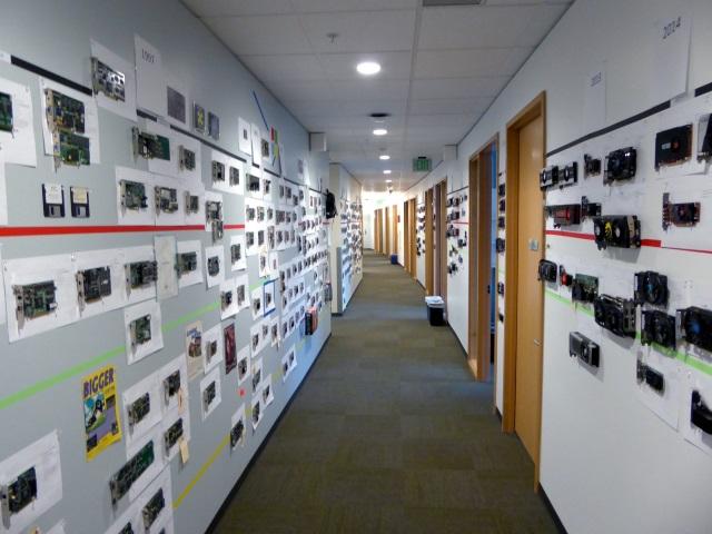 Microsoft Direct3D con tarjetas gráficas en las paredes