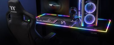 Thermaltake Level 20 RGB BattleStation: Mesa gaming con iluminación RGB por 1.100 dólares