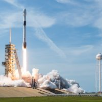 SpaceX rompe el récord del mayor número de satélites mandados al espacio en un lanzamiento