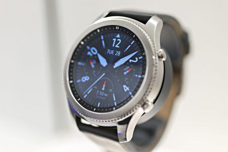 galaxy watch samsung swatch 740x493 1
