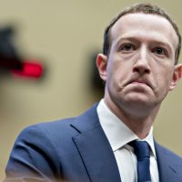 EE.UU. podría prohibir a Facebook integrar todas sus aplicaciones en un mismo servicio