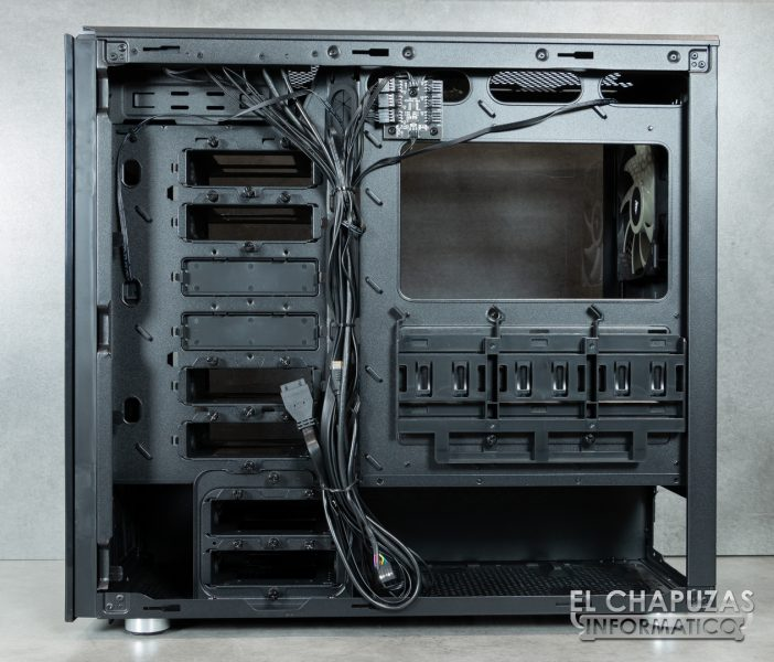 Corsair Carbide 678C - Interior 7