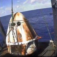 La cápsula Crew Dragon de SpaceX vuelve sana y salva a la Tierra