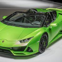 Lamborghini Huracan EVO Spyder: Superdeportivo de lujo con un superordenador en su interior