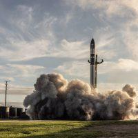 Rocket Lab lanza con éxito su cohete Electron con el nuevo satélite de DARPA