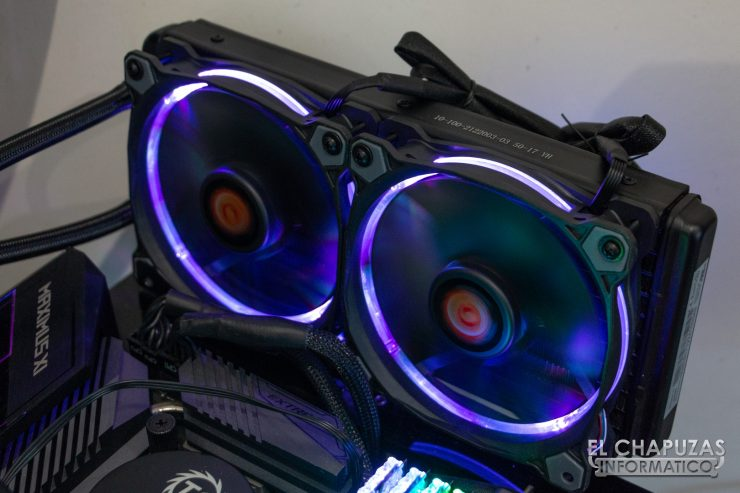 Thermaltake Water 3.0 240 Riing RGB Edition Encendida