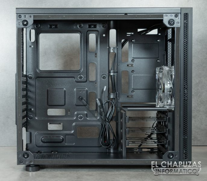 Corsair Carbide SPEC-05 - Interior 1
