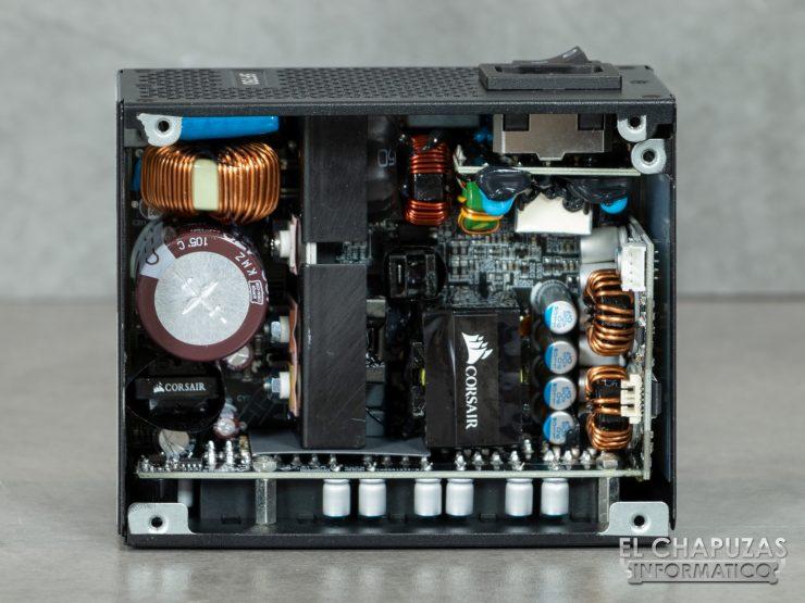 Corsair SF750 - Interior 2