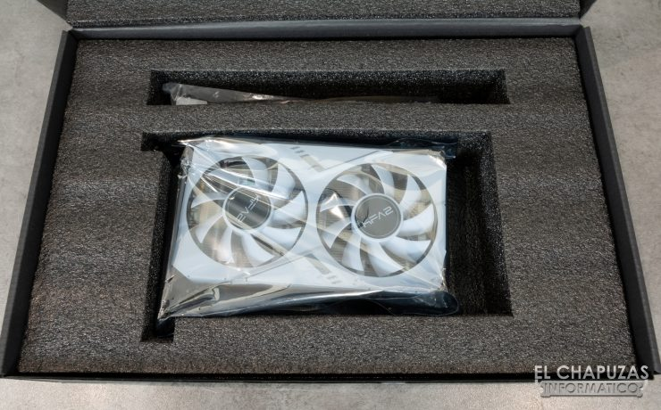 KFA2 GeForce RTX 2070 White Mini - Embalaje 3