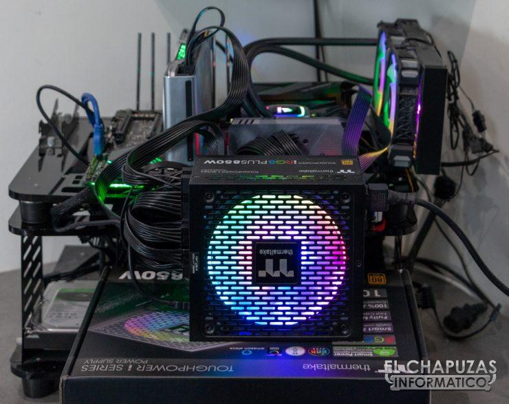 Thermaltake Toughpower iRGB Plus - Equipo de Pruebas 1