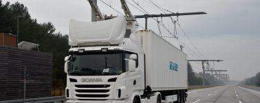 Alemania prueba el primer camión conectado a una
