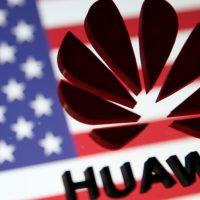 Huawei podría demandar a la FCC por su decisión de excluirla de los subsidios federales