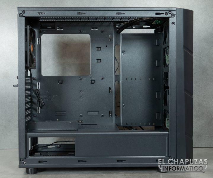 Thermaltake Commander C36 TG ARGB Edition - Interior 1