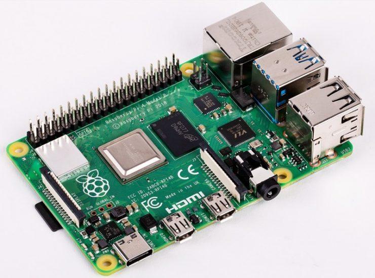 Raspberry Pi 4 Model B 740x549 0