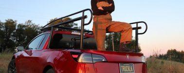 La YouTuber Simone Giertz convierte un Tesla Model 3 en una furgoneta pickup