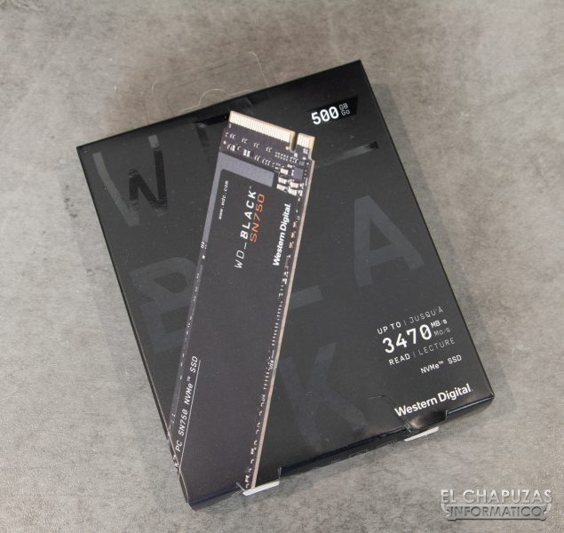 Western Digital Black SN750 NVMe SSD - Embalaje Frontal