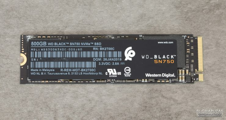 Black SN750 NVMe SSD - Frontal