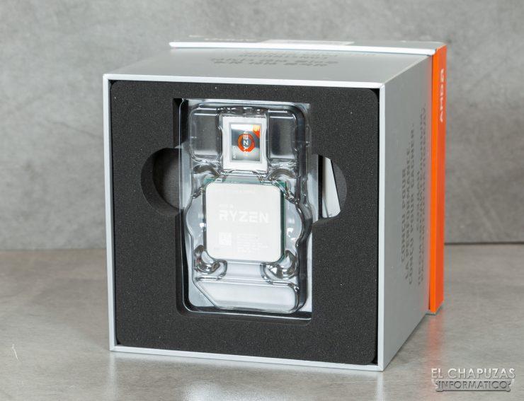 AMD Ryzen 9 3900X - Embalaje interior