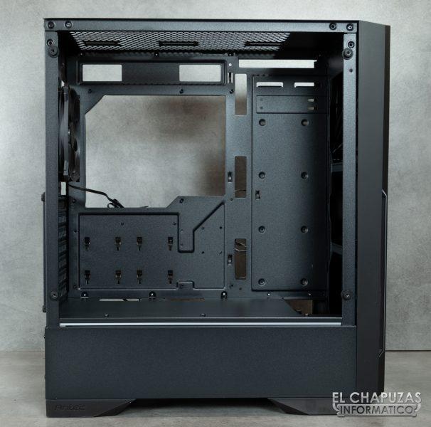 Antec DP501 Dark Phantom - Interior