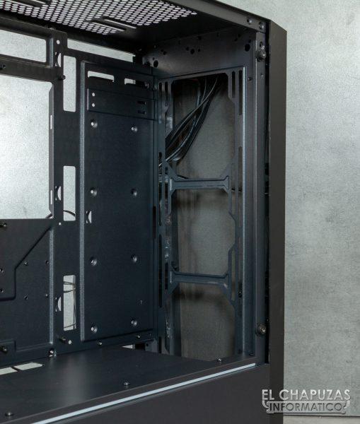 Antec DP501 Dark Phantom - Interior - Lado frontal