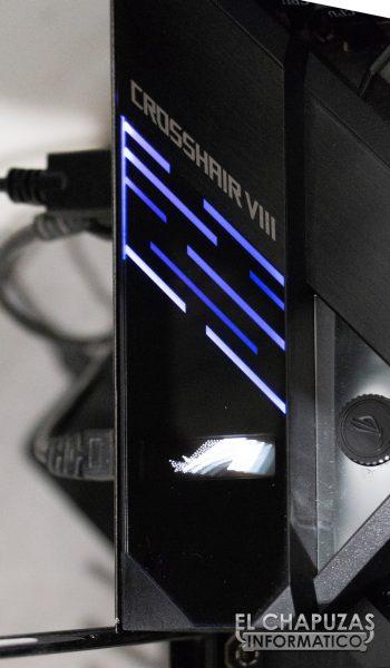 Asus ROG Crosshair VIII Formula - Pantalla DashBoard OLED