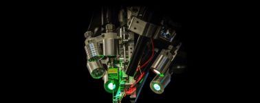 Elon Musk presenta los planes de Neuralink: leer el cerebro por medio de hilos microscópicos implantados