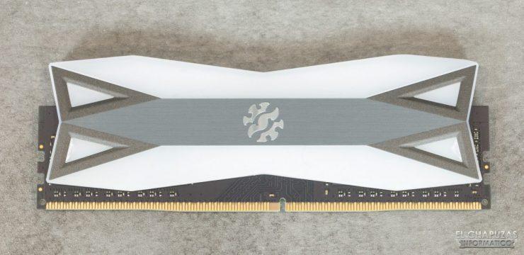 ADATA XPG Spectrix D60G DDR4 - Disipador frontal