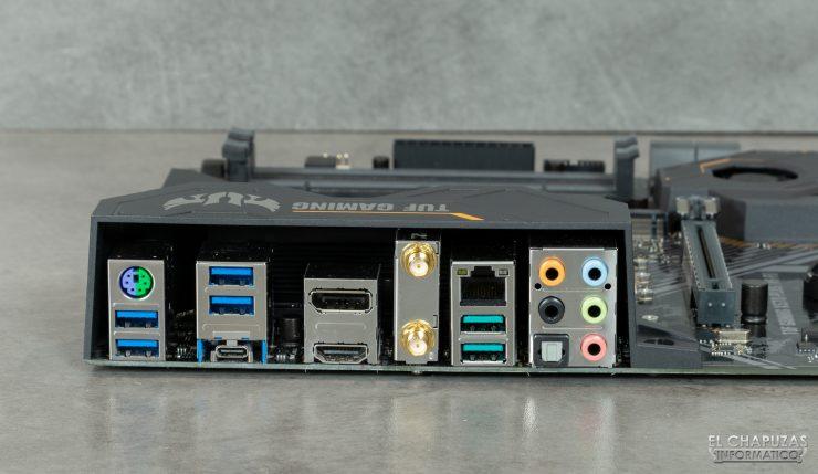 Asus TUF Gaming X570-Plus (Wi-Fi) - Conectores traseros