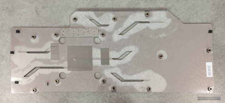 MSI GeForce RTX 2070 SUPER Gaming X Trio - Backplate desmontado