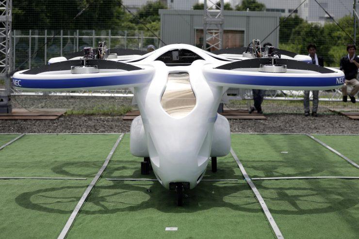 coche volador de Japon 740x493 0