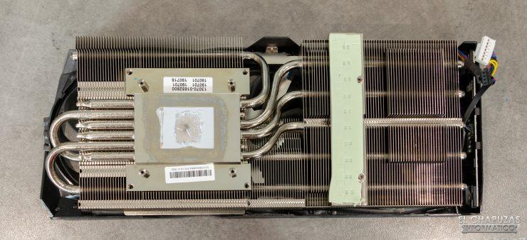 Asus ROG Strix Radeon 5700 XT - Disipador desmontado